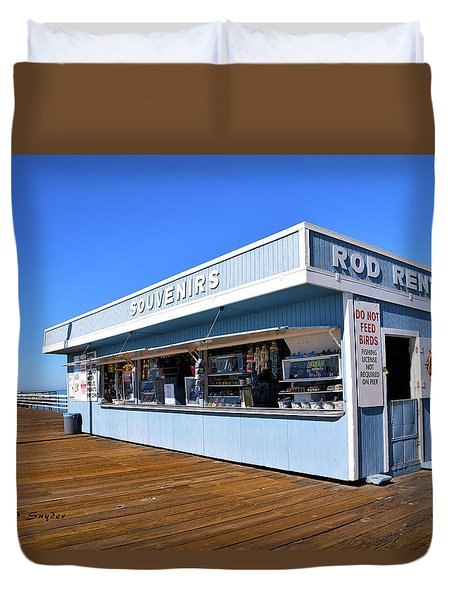 Duvet Cover featuring the photograph Rod Rental At The Pismo Beach Pier by Floyd Snyder