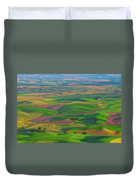 Rolling Green Hills Of The Palouse Duvet Cover by James Hammond