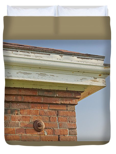 Duvet Cover featuring the photograph Roofline by Peter J Sucy
