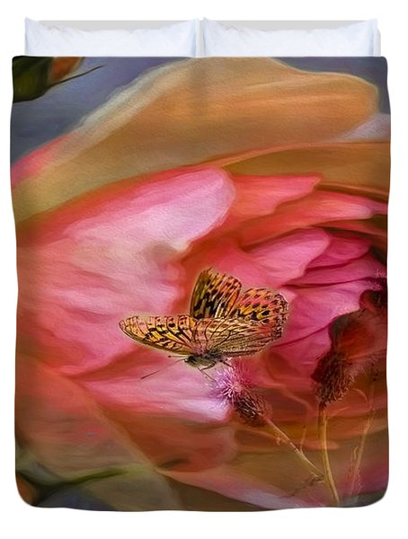 Duvet Cover featuring the photograph Rose Buttefly by Leif Sohlman