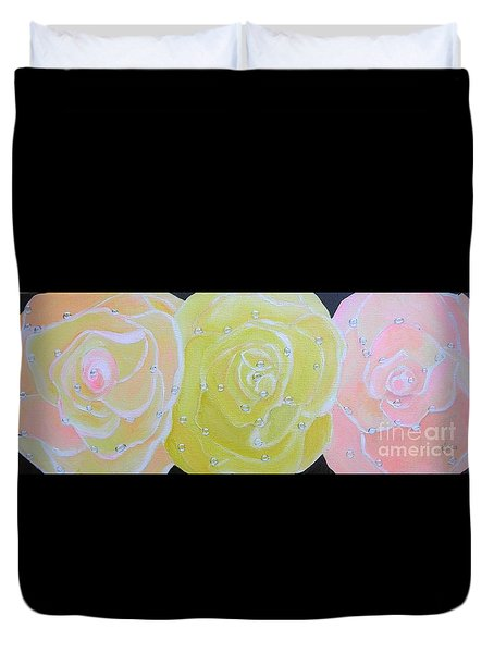 Rose Medley With Dewdrops Duvet Cover