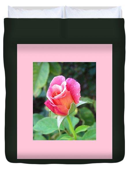 Rosebud With Border Duvet Cover by Mary Ellen Frazee