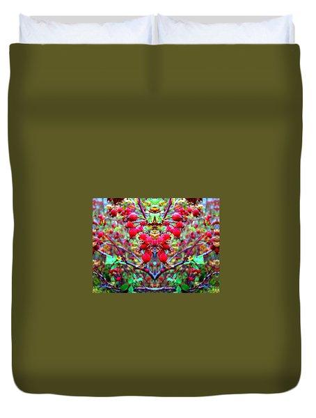 Rosehip Necklace Duvet Cover
