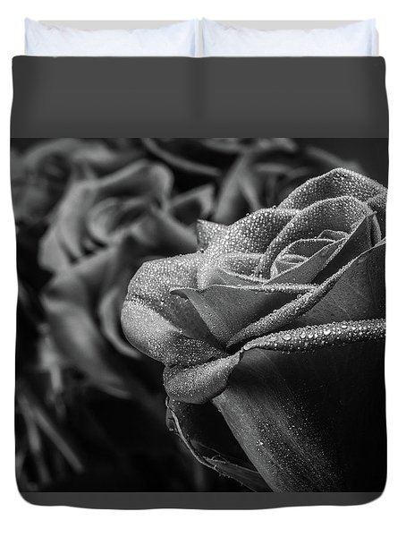Roses In Black And White Duvet Cover