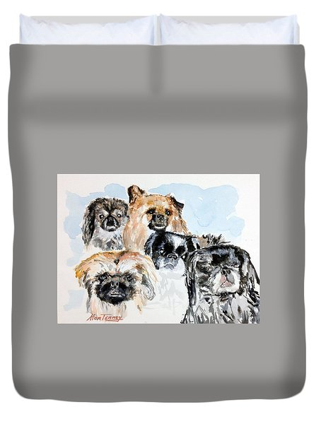 Duvet Cover featuring the painting Rose's Pekingese by Stan Tenney