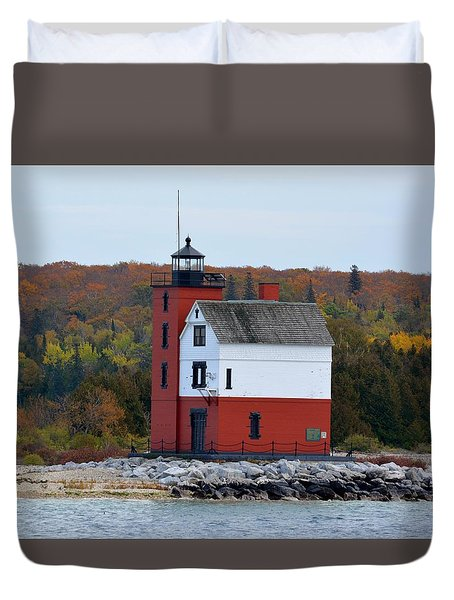 Round Island Lighthouse In October Duvet Cover