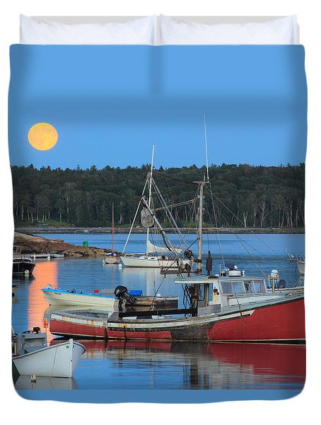 Moonrise And Boats Round Pond Harbor Maine Duvet Cover