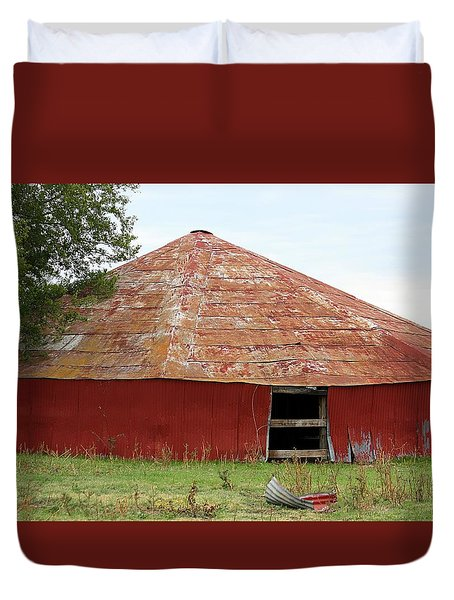 Duvet Cover featuring the photograph Round Red Barn by Sheila Brown