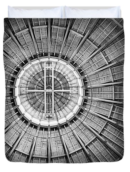 Roundhouse Architecture - Black And White Duvet Cover