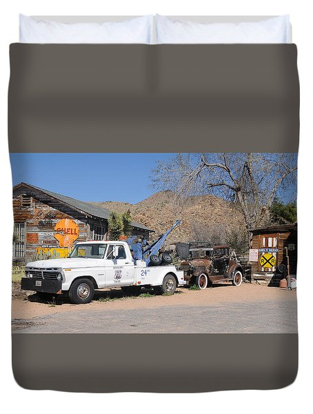 Route 66 Old Shell Service Station Duvet Cover