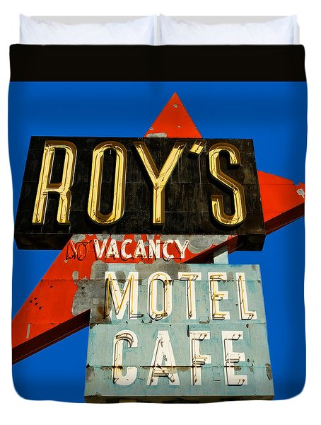 Route 66 Roy's Motel Cafe Sign Duvet Cover