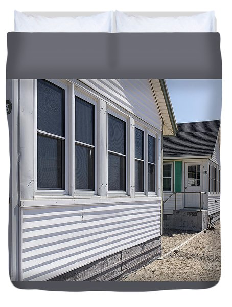 Row Of Identical Beach Cottages Duvet Cover