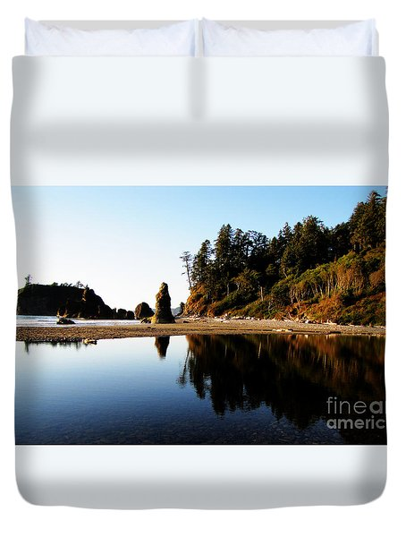 Ruby Beach Reflections Duvet Cover