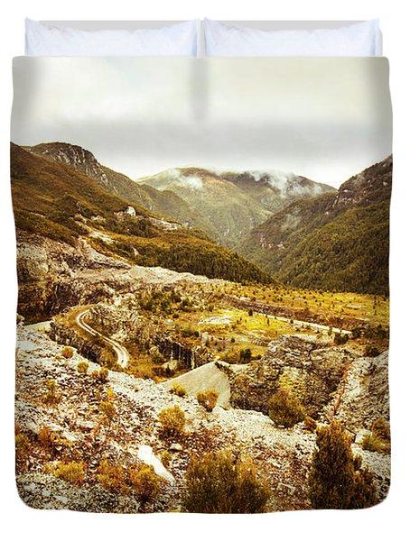 Rugged Valley Wilderness Duvet Cover