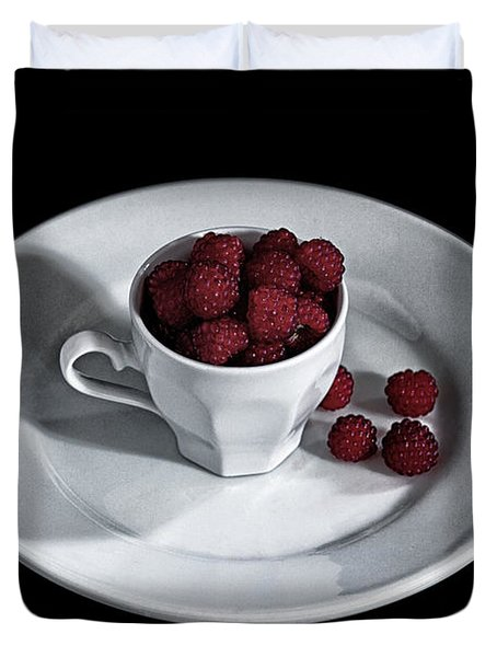 Ruspberries In The Cup - Livid Still-life Duvet Cover