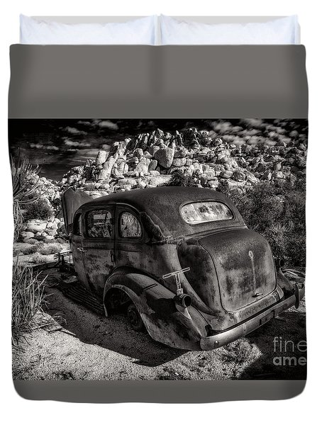 Rust Bucket Bw Duvet Cover
