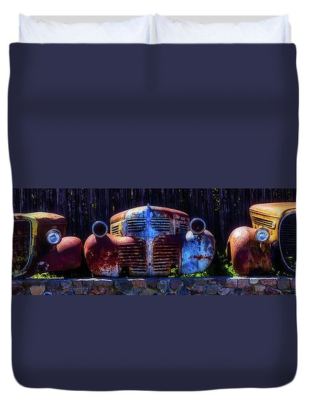 Rusted Out Old Cars Duvet Cover by Garry Gay