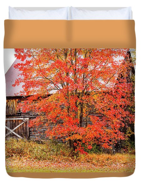 Duvet Cover featuring the photograph Rustic Barn In Fall Colors by Jeff Folger