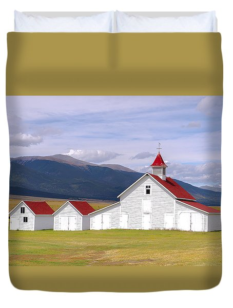 Rustic Farm Setting Duvet Cover