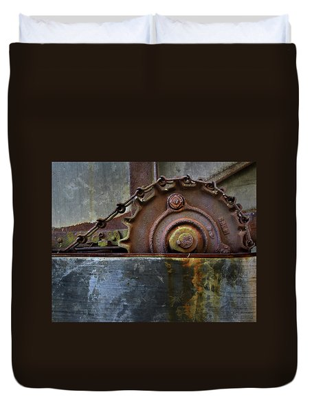 Duvet Cover featuring the photograph Rustic Gear And Chain by David and Carol Kelly