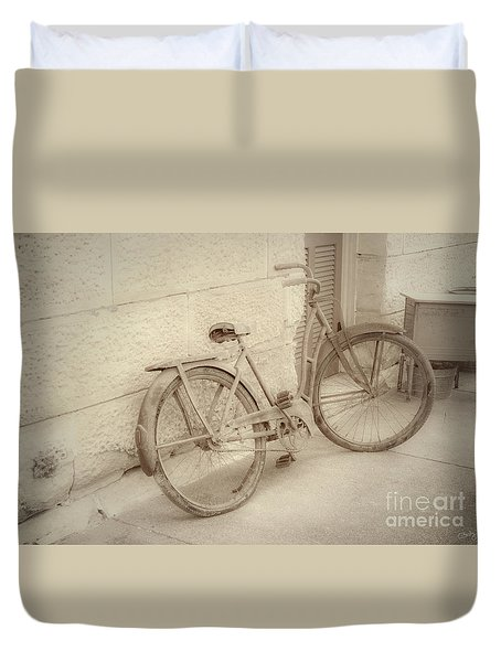 Rusty Bicycle Duvet Cover