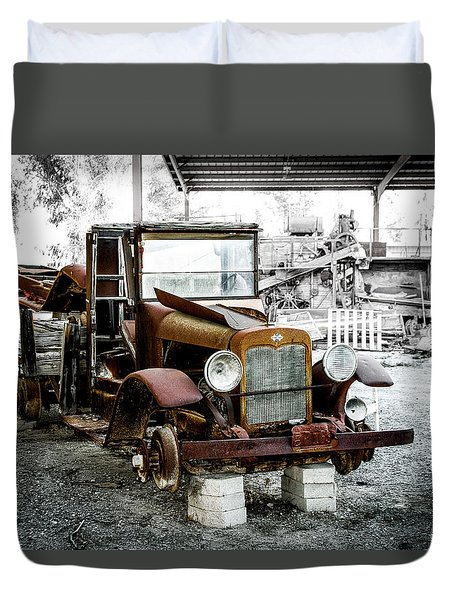 Rusty International Truck Duvet Cover