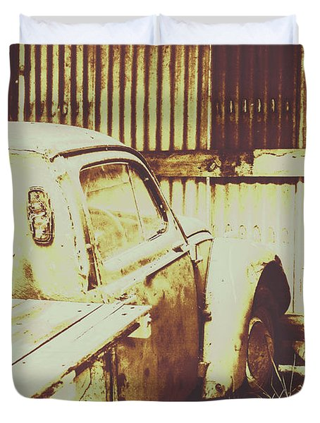 Rusty Pickup Garage Duvet Cover
