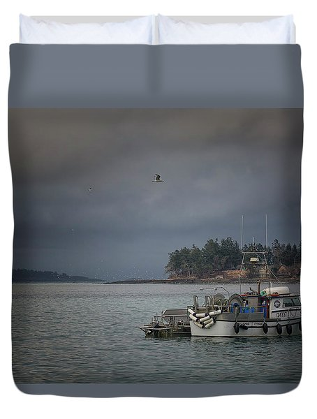 Ryan D Duvet Cover by Randy Hall