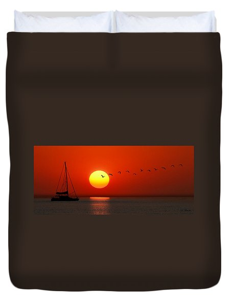 Sailboat At Sunset Duvet Cover
