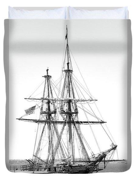 Sailboat Docked In Cleveland Harbor Duvet Cover