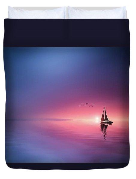 Sailing Across The Lake Toward The Sunset Duvet Cover