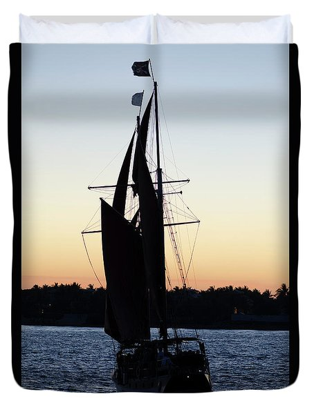 Sailing At Sunset Duvet Cover