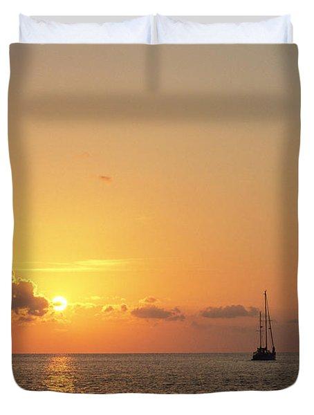 Crusing The Bahamas Duvet Cover