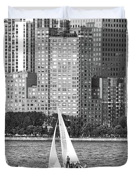 Sailing In New York Harbor No. 3-1 Duvet Cover
