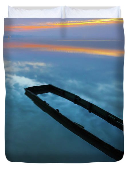 Sailing In The Sky Duvet Cover