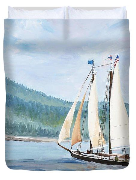 Sailing Into Castine Harbor Duvet Cover
