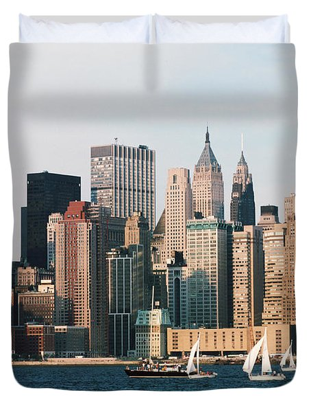 Sailing On The Hudson River Duvet Cover