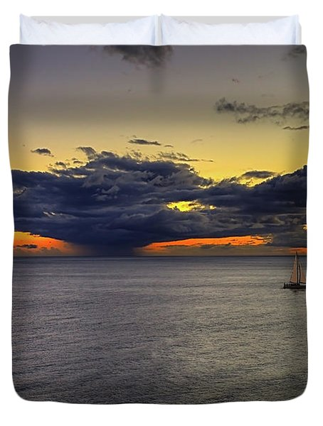 Sailing To Sunset Duvet Cover