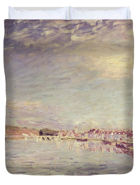 Saint Mammes Duvet Cover by Alfred Sisley