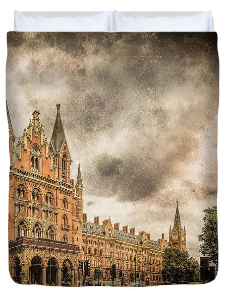 London, England - Saint Pancras Station Duvet Cover