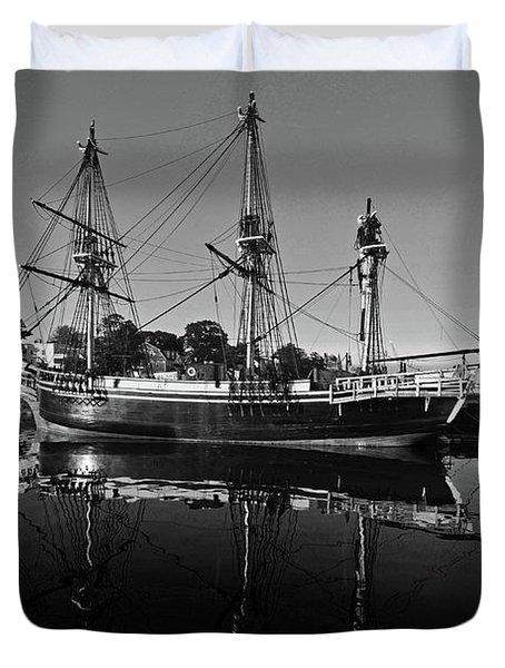 Salem Friendship Reflection Black And White Duvet Cover