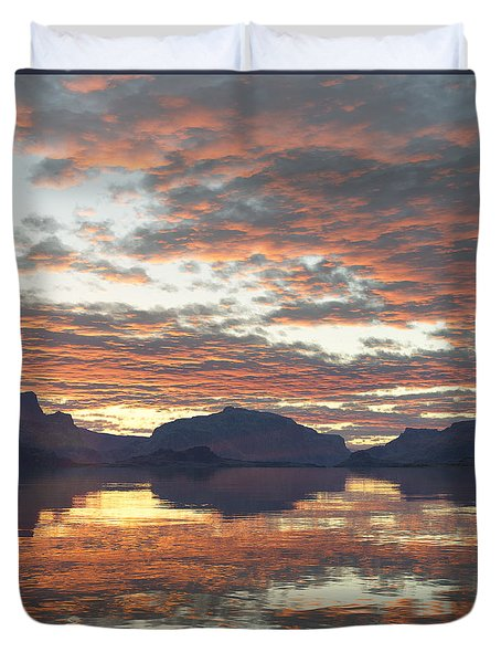 Duvet Cover featuring the digital art Salmon Lake Sunset by Mark Greenberg