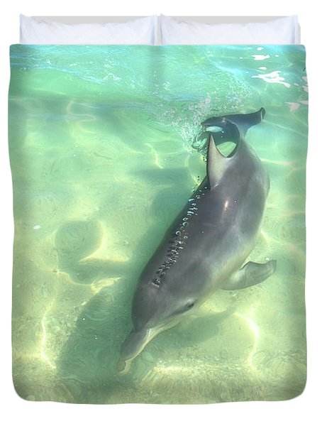 Samu 2 , Monkey Mia, Shark Bay Duvet Cover