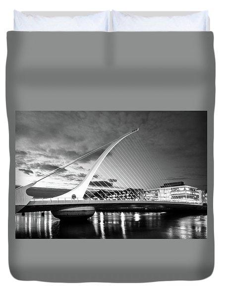 Samuel Beckett Bridge In Bw Duvet Cover