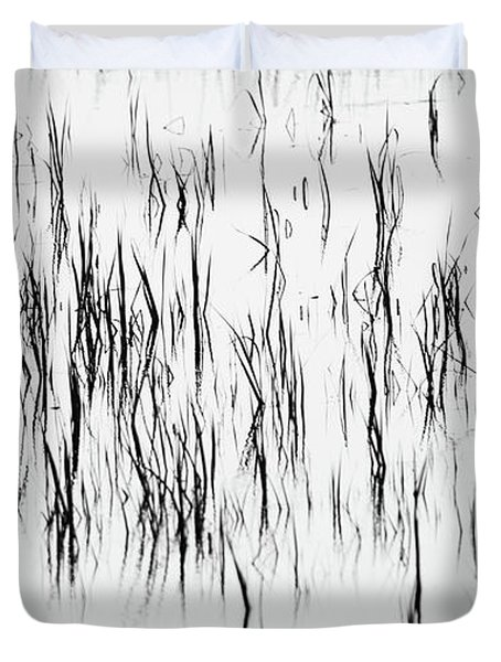 San Diego River Grass In Black And White Duvet Cover