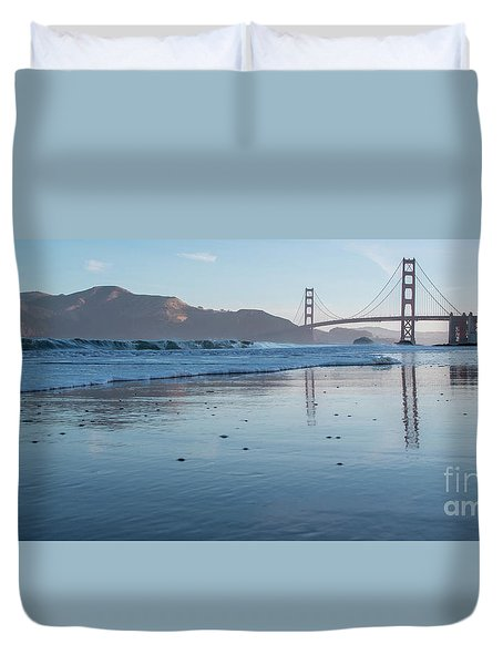 San Francisco Golden Gate Bridge Reflected On Baker's Beach Wet  Duvet Cover