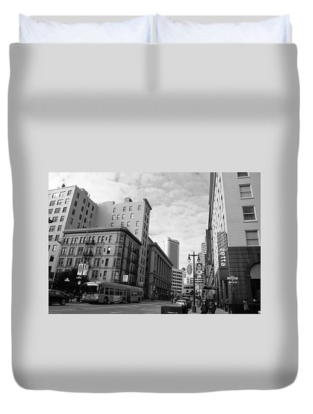 San Francisco - Jessie Street View - Black And White Duvet Cover by Matt Harang