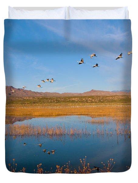 Sandhill Cranes In Flight Duvet Cover