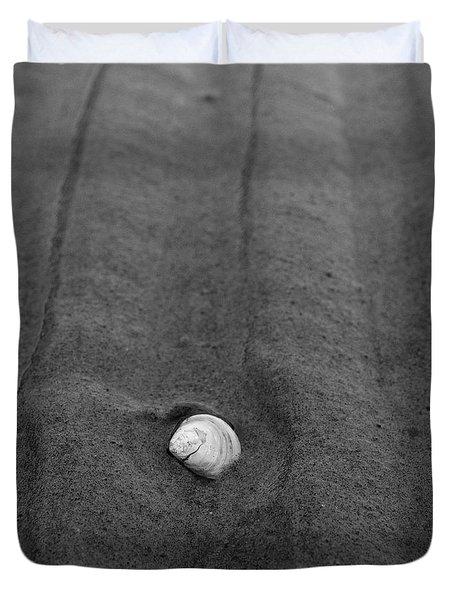 Duvet Cover featuring the photograph Sandlines by Jouko Lehto