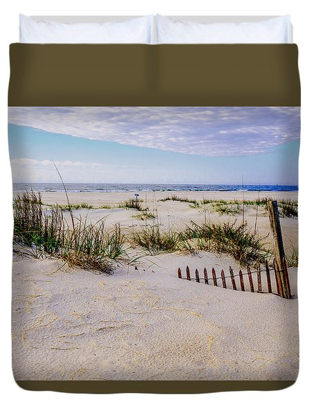 Sand  Fences On The Bogue Banks 2 Duvet Cover by John Harding
